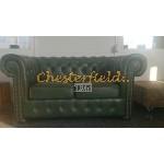 Classic 32 Antikgruen Chesterfield Garnitur - TheChesterfields.de