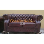 Windsor Antikrot 2-Sitzer Chesterfield Sofa - TheChesterfields.de