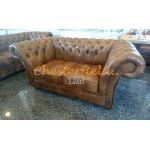 Windchester Antikgold 2-Sitzer Chesterfield Sofa